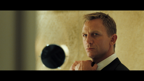 casino-royale-dinner-jackets.png